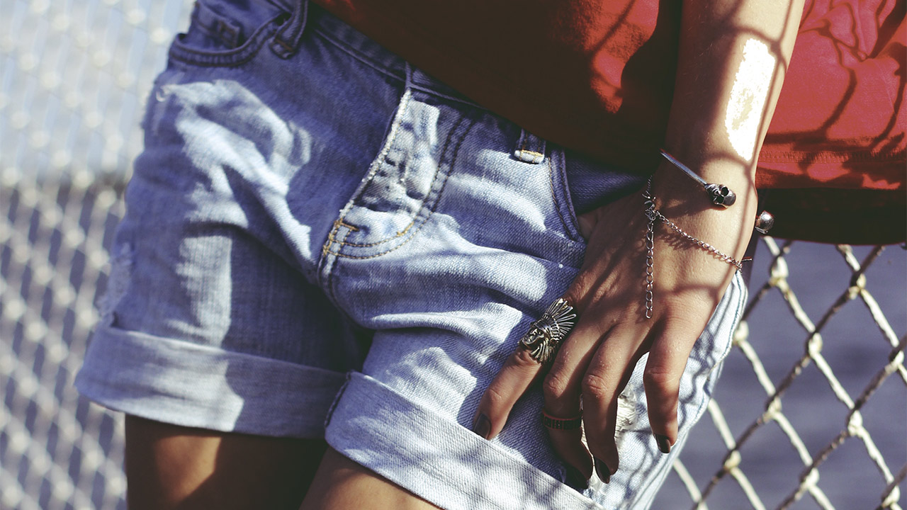 Jak nosić szorty jeansowe w lato 2017