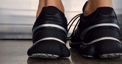 10 sposobów na dbanie o pięty