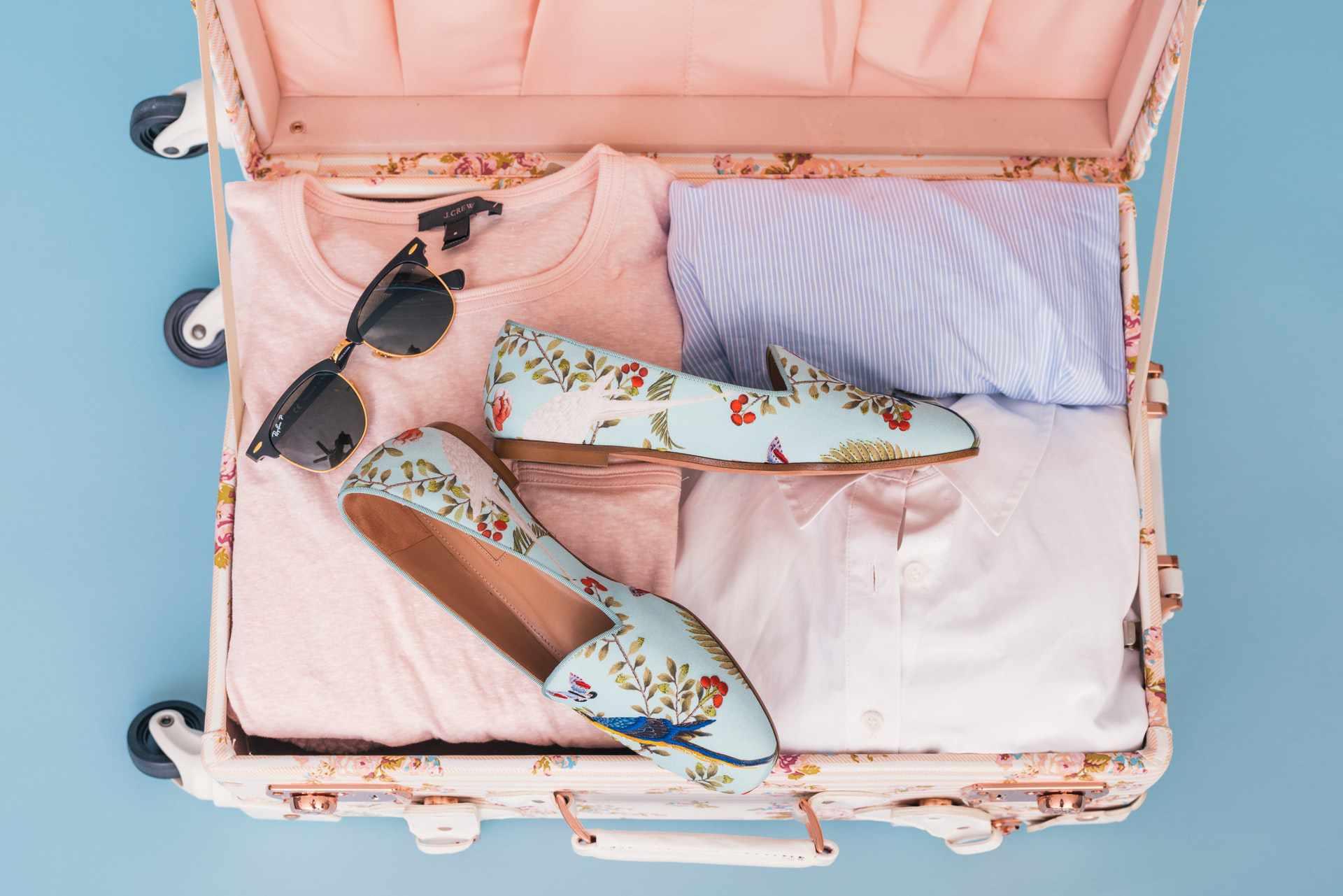 Co ubrać podczas podróży? Rzeczy, o których trzeba pamiętać