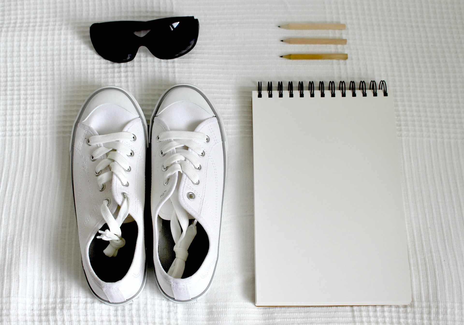 Buty na wakacje – jakie buty wybrać, by odpowiadały lokalnej kulturze?